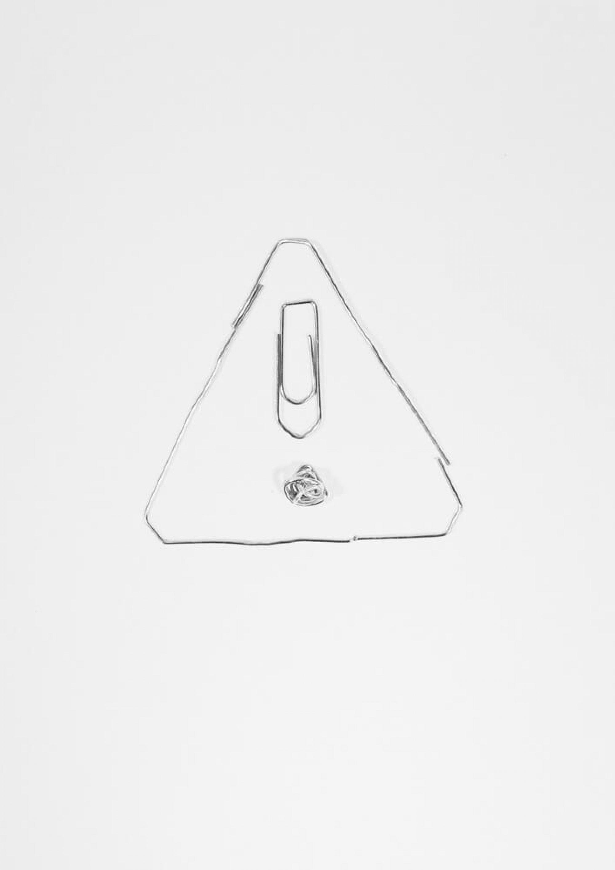 Apropos whitepaper Ausgabe 2 Illustration aus Büroklammer als achtungsschild